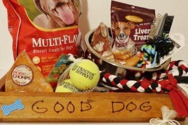 DIY Gourmet Pet Gift Basket #Paw2014