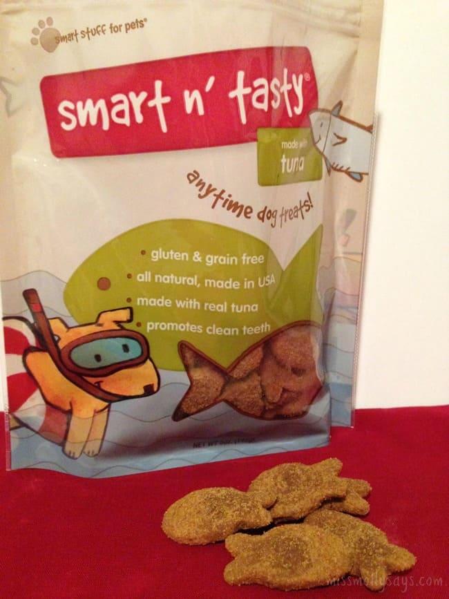 Smart-n-Tasty-tuna-dog-treats-PetBox