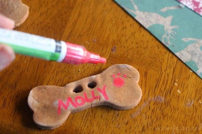 Gingerbread-Dog-Ornaments-process-7