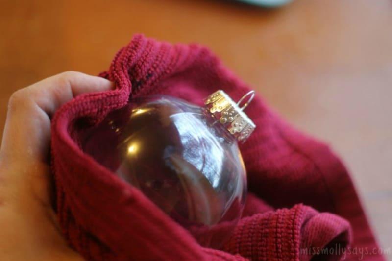 Paw Print Christmas Ornament process 1