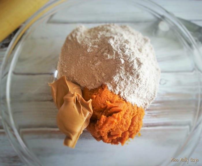 Pumpkin and Peanut Butter Dog Treats process 1