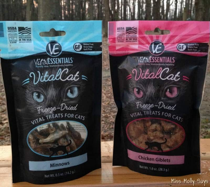Vital Essentials Raw Vital Treats for Cats #Review #ChristmasMM15