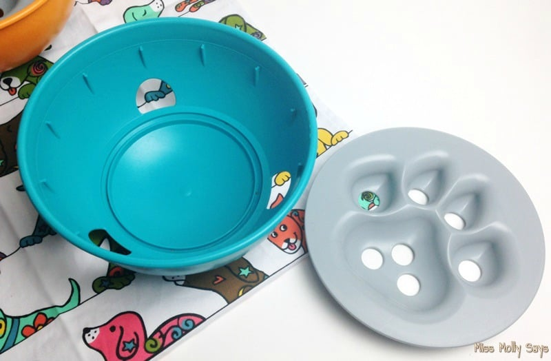 PAW5 Rock 'N Bowl Puzzle Feeder comes apart for washing