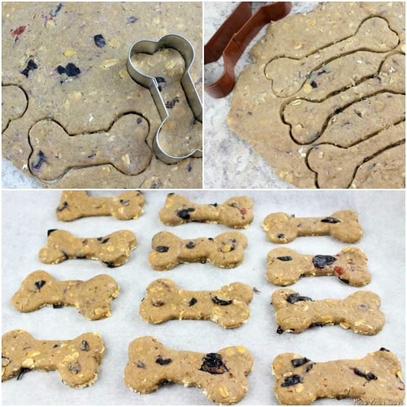 Homemade Blueberry and Banana Dog Biscuits process