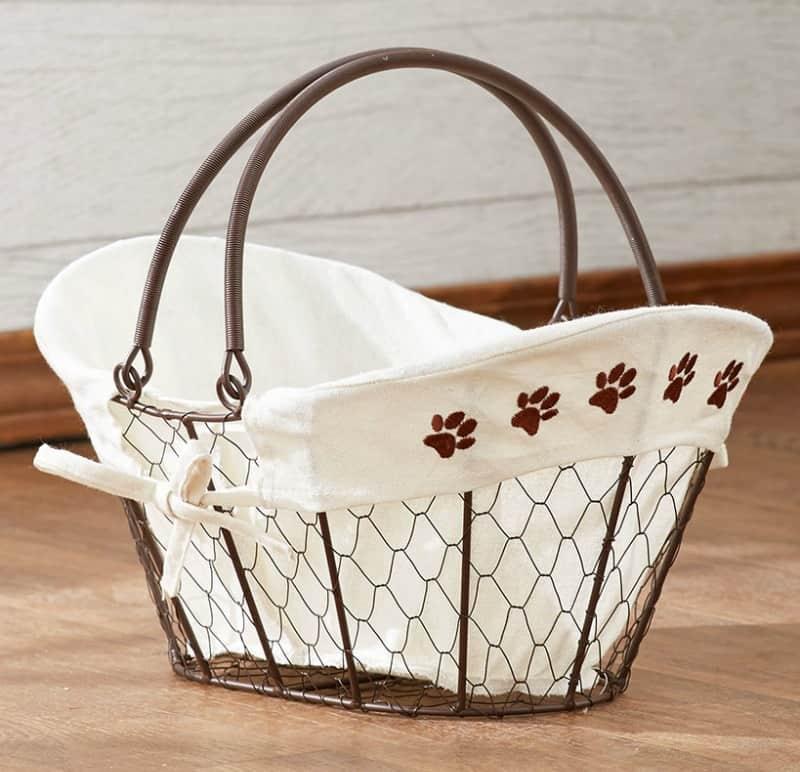 Chicken Wire Storage Basket with Paw Print Liner