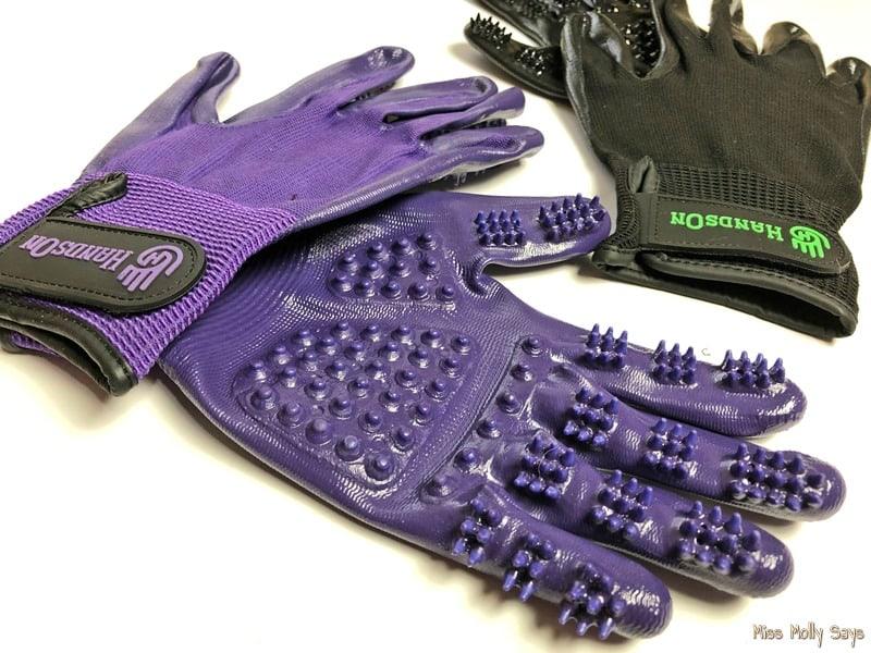 Hands On Gloves scrubbing nodules