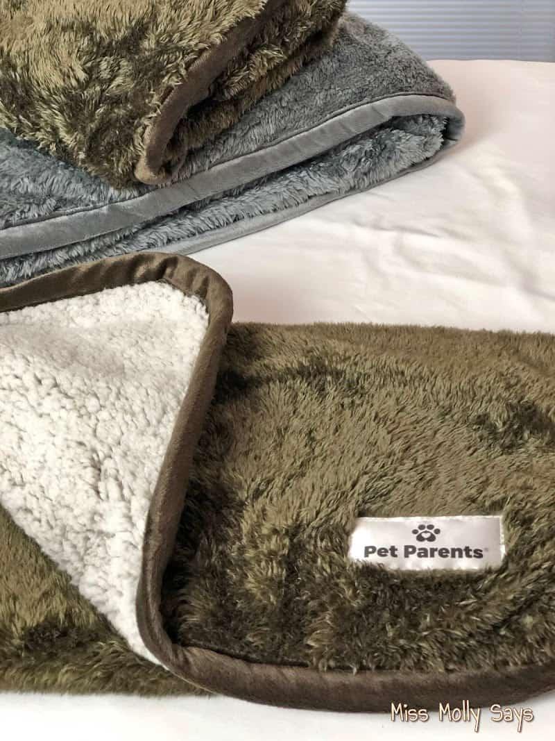 Pet Parents Waterproof Pawtect Blankets