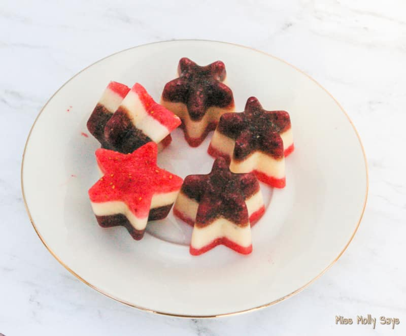 Nutritious Red White & Blue Dog Treats Your Pup Will Love